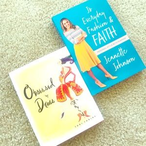 Other - 📚 2 Books About Fashion